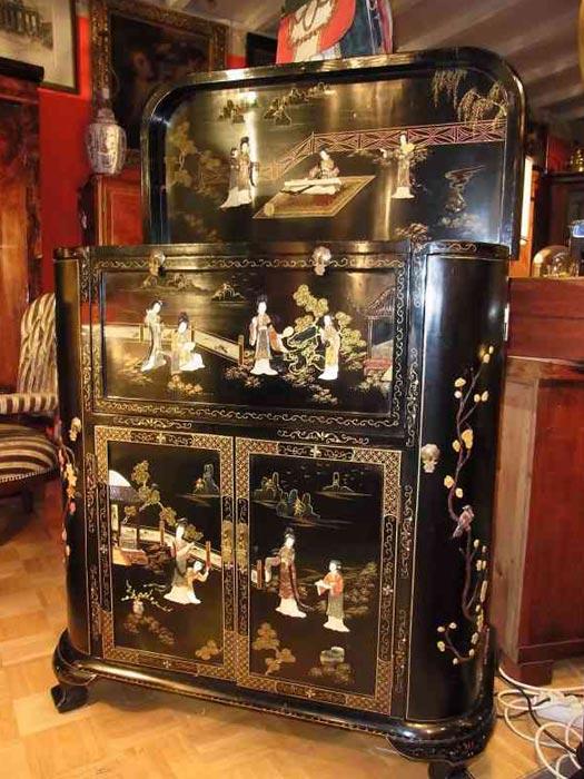 barschrank japan antiquit ten am schwanenwall dortmund. Black Bedroom Furniture Sets. Home Design Ideas